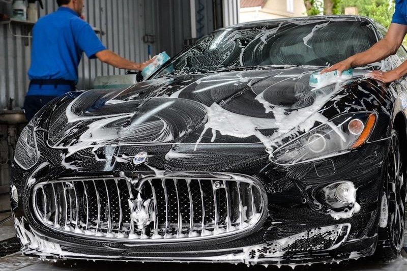 automobilių-išorės-valymas