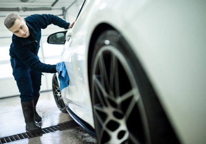 automobilio plovimas rankomis vilnius